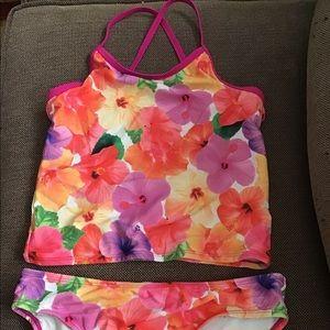 Two piece little girl swimsuit